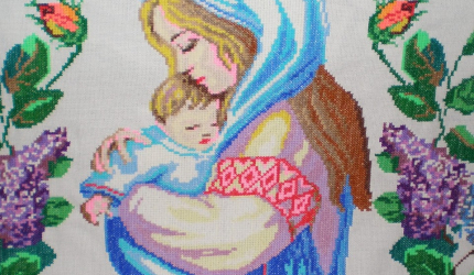Зі святом, дорогі матусі!