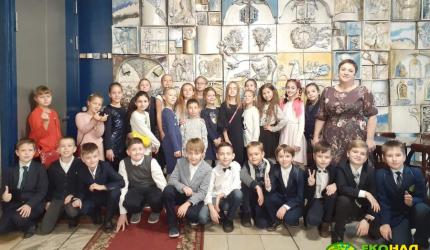 Юні театрали. Учні 4-А класу побували на виставі «Поліанна»